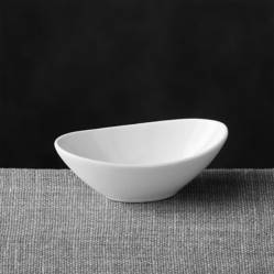 CRATE & BARREL - Mini plato para salsa oval