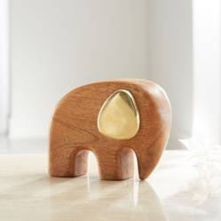 CRATE & BARREL - Elefante de Madera de Mango y Latón