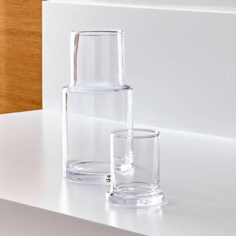 CRATE & BARREL - Garrafa de Vidrio Transparente