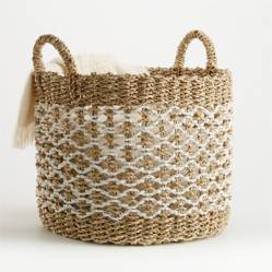 CRATE & BARREL - Canasta Estrella Natural/Blanco
