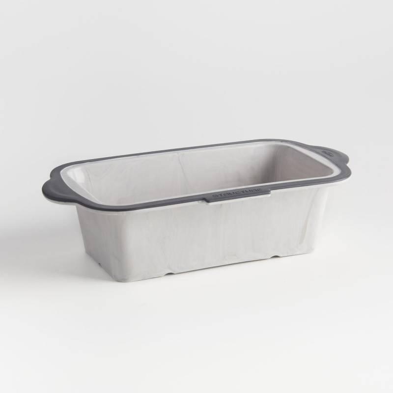 CRATE & BARREL - Pan de silicona Trudeau