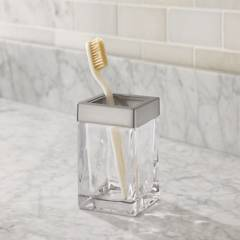 CRATE & BARREL - Vaso para Baño de Vidrio con Borde Niquelado Stratten
