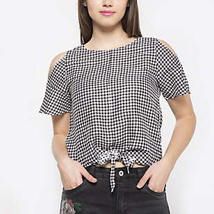 Blusa Checks Cut Out