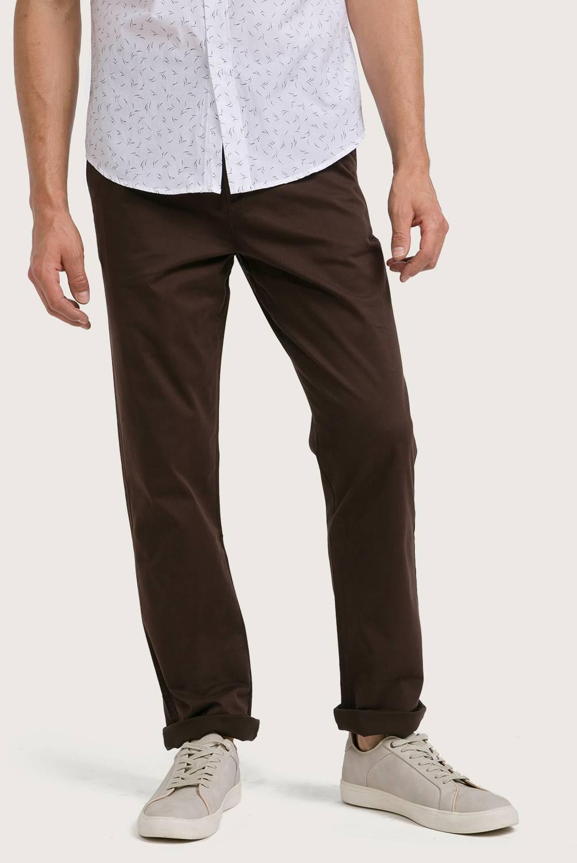 NEWPORT - Pantalón Regular Hombre
