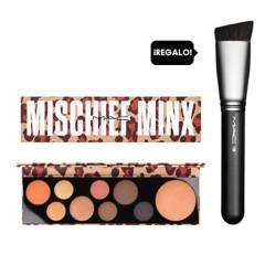 MAC - Paleta de sombras MAC Girls Mischief Minx + Regalo brocha 196